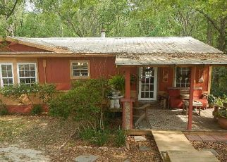 Pre Foreclosure in Green Cove Springs 32043 HANDS DR - Property ID: 1336317964