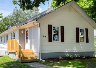 Pre Foreclosure in Des Moines 50313 AMHERST ST - Property ID: 1336322327
