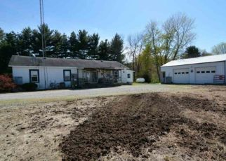 Pre Foreclosure in Patoka 47666 N 200 W - Property ID: 1336343799