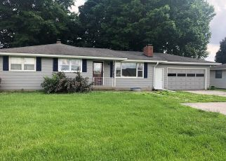 Pre Foreclosure in Crawfordsville 47933 LEBANON RD - Property ID: 1336352101