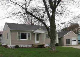 Pre Foreclosure in Elkhart 46517 COUNTY ROAD 107 - Property ID: 1336367438