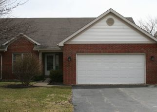 Pre Foreclosure in Joliet 60431 LAKE SIDE CIR - Property ID: 1336447150