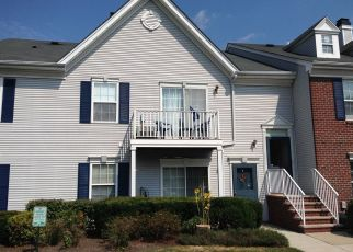 Pre Foreclosure in Whitehouse Station 08889 DOVE COTE CT - Property ID: 1336532555