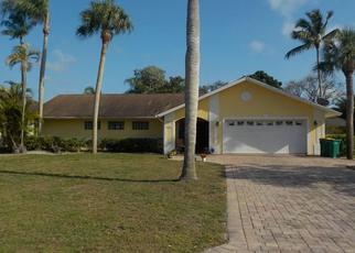 Pre Foreclosure in Naples 34110 COUNTRY CLUB LN - Property ID: 1336960909