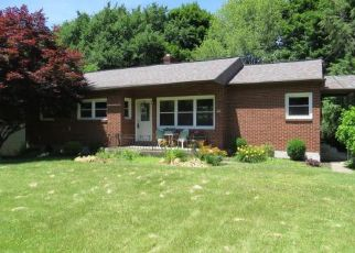 Pre Foreclosure in Vestal 13850 MAPLECREST DR - Property ID: 1337274487