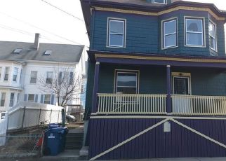 Pre Foreclosure in New Bedford 02740 SHAWMUT AVE - Property ID: 1337287630