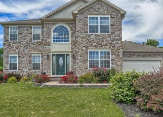 Pre Foreclosure in York 17408 IVY PUMP LN - Property ID: 1337630116