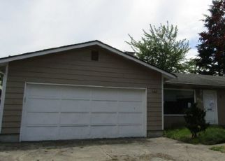 Pre Foreclosure in Seattle 98148 S 189TH ST - Property ID: 1337783411