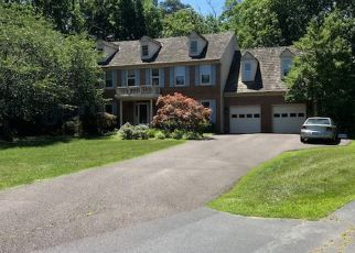 Pre Foreclosure in Clifton 20124 WOODLAND RUN CT - Property ID: 1337908234