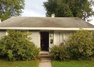 Pre Foreclosure in Albany 12208 CRESTWOOD CT - Property ID: 1338009853