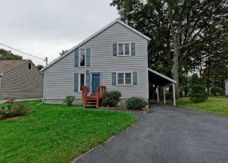 Pre Foreclosure in Selkirk 12158 HACKETT ST - Property ID: 1338046639