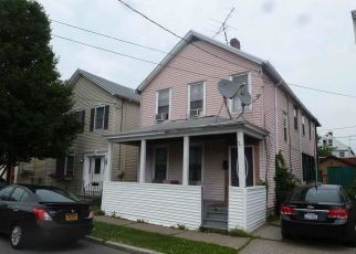 Pre Foreclosure in Troy 12183 PAINE ST - Property ID: 1338072478