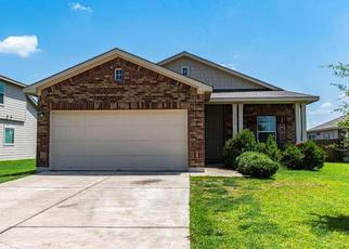 Pre Foreclosure in Hutto 78634 MONTELL LN - Property ID: 1338253360