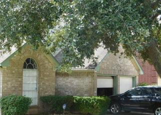 Pre Foreclosure in Houston 77047 GERONIMO LAKE DR - Property ID: 1338330442