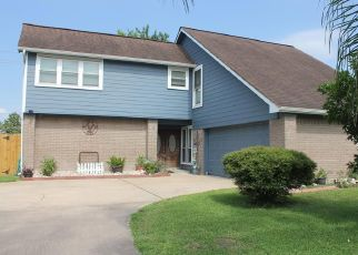 Pre Foreclosure in Deer Park 77536 MOSS LN - Property ID: 1338418928