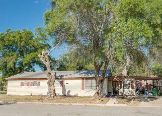 Pre Foreclosure in Hondo 78861 AVENUE J - Property ID: 1338577458