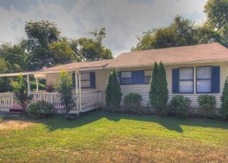 Pre Foreclosure in Lebanon 37087 WESTVIEW DR - Property ID: 1338647534
