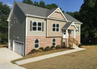 Pre Foreclosure in Clarksville 37043 W PARK DR - Property ID: 1338663746