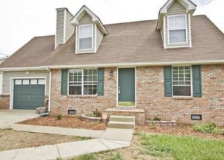 Pre Foreclosure in Clarksville 37042 MARLA DR - Property ID: 1338672953