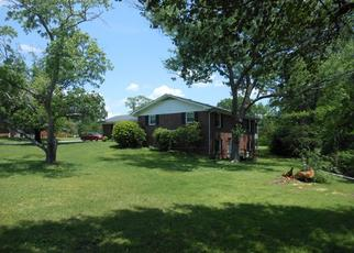Pre Foreclosure in Chattanooga 37421 MIDFIELD DR - Property ID: 1338708413