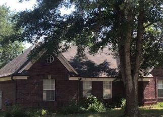 Pre Foreclosure in Collierville 38017 MILESTONE CIR - Property ID: 1338720231