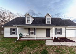 Pre Foreclosure in Murfreesboro 37130 E MCCOURY LN - Property ID: 1338735574
