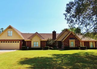 Pre Foreclosure in Collierville 38017 GROVE RD - Property ID: 1338750909