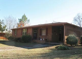 Pre Foreclosure in Anderson 29624 WOODMONT CIR - Property ID: 1338904181