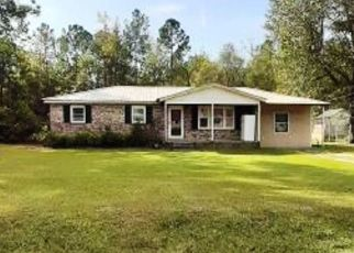 Pre Foreclosure in Florence 29505 FOUR SEASONS RD - Property ID: 1338943156