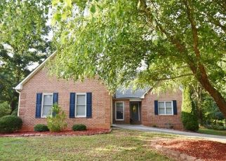 Pre Foreclosure in Athens 30605 BRICKLEBERRY RDG - Property ID: 1338996155