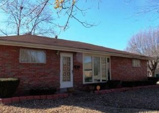 Pre Foreclosure in East Saint Louis 62203 VIEUX CARRE DR - Property ID: 1339304944