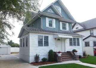 Pre Foreclosure in Staten Island 10314 WASHINGTON AVE - Property ID: 1339342601