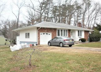 Pre Foreclosure in Toms River 08755 BAMBERRY LN - Property ID: 1339770501