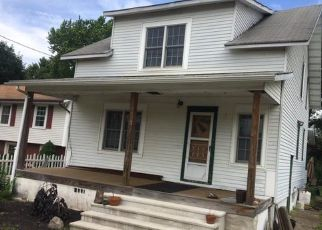 Pre Foreclosure in Trenton 08619 3RD AVE - Property ID: 1339820434