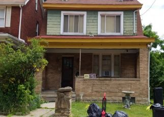 Pre Foreclosure in Pittsburgh 15210 LUTZ AVE - Property ID: 1339828307
