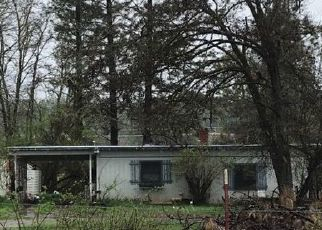 Pre Foreclosure in Merlin 97532 GIBSON ST - Property ID: 1339986420
