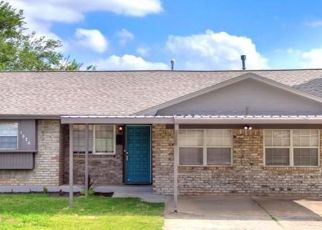 Pre Foreclosure in Oklahoma City 73160 W MAIN ST - Property ID: 1340071834