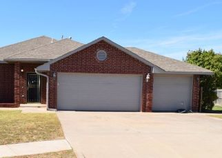 Pre Foreclosure in Norman 73071 DEER RUN DR - Property ID: 1340169945