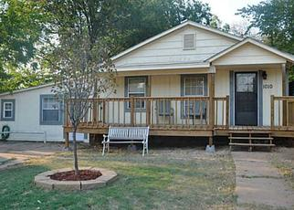 Pre Foreclosure in Guthrie 73044 E VILAS AVE - Property ID: 1340217681