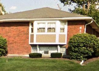 Pre Foreclosure in Cincinnati 45237 RIDGEACRES DR - Property ID: 1340322795
