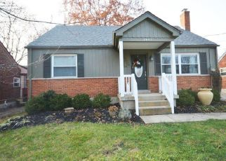 Pre Foreclosure in Cincinnati 45230 VERDALE DR - Property ID: 1340325860