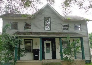 Pre Foreclosure in Huntington 46750 CHARLES ST - Property ID: 1340442801