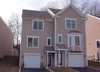 Pre Foreclosure in Meriden 06451 RESERVOIR AVE - Property ID: 1340707773