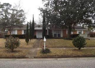 Pre Foreclosure in Mobile 36606 GORDONWOOD CT - Property ID: 1340843991