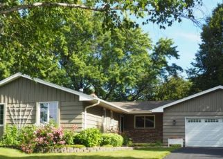 Pre Foreclosure in Burnsville 55337 WHITEROCK RD - Property ID: 1340937711