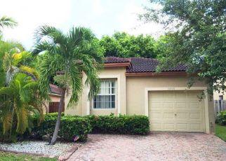 Pre Foreclosure in Miami 33186 SW 119TH AVE - Property ID: 1341137870