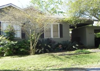 Pre Foreclosure in Baton Rouge 70808 BROUSSARD ST - Property ID: 1341511895