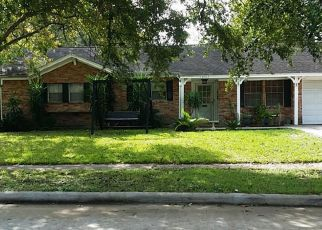 Pre Foreclosure in La Porte 77571 COLLINGSWOOD RD - Property ID: 1341691456