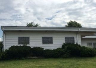 Pre Foreclosure in East Chicago 46312 LITHUANICA AVE - Property ID: 1341741383
