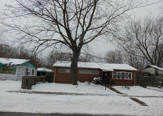 Pre Foreclosure in Gary 46404 WHITCOMB ST - Property ID: 1341742254